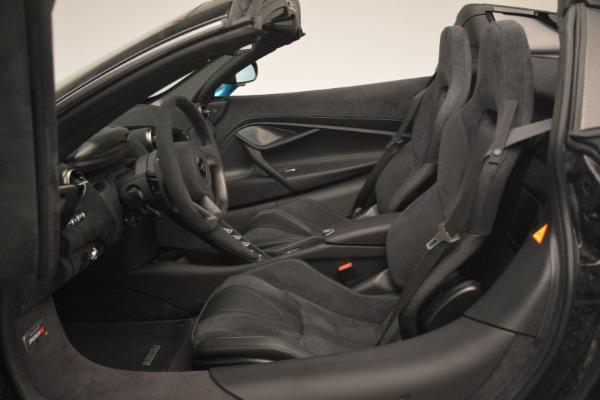 New 2019 McLaren 720S Spider for sale $399,030 at Bugatti of Greenwich in Greenwich CT 06830 24