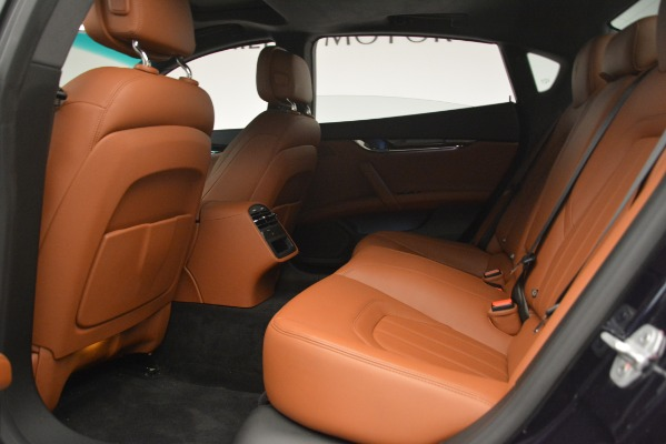 Used 2015 Maserati Quattroporte S Q4 for sale Sold at Bugatti of Greenwich in Greenwich CT 06830 18