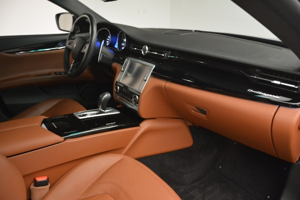 Used 2015 Maserati Quattroporte S Q4 for sale Sold at Bugatti of Greenwich in Greenwich CT 06830 22