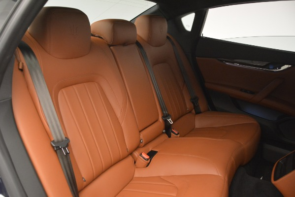 Used 2015 Maserati Quattroporte S Q4 for sale Sold at Bugatti of Greenwich in Greenwich CT 06830 28