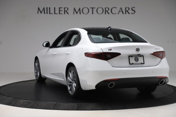 New 2019 Alfa Romeo Giulia Q4 for sale Sold at Bugatti of Greenwich in Greenwich CT 06830 5