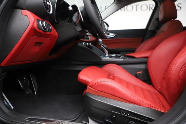 New 2019 Alfa Romeo Giulia Ti Sport Q4 for sale Sold at Bugatti of Greenwich in Greenwich CT 06830 14