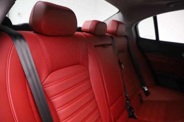 New 2019 Alfa Romeo Giulia Ti Sport Q4 for sale Sold at Bugatti of Greenwich in Greenwich CT 06830 26