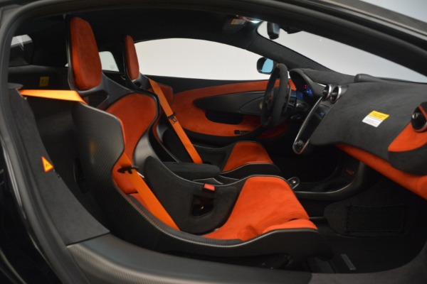 New 2019 McLaren 600LT Coupe for sale Call for price at Bugatti of Greenwich in Greenwich CT 06830 22