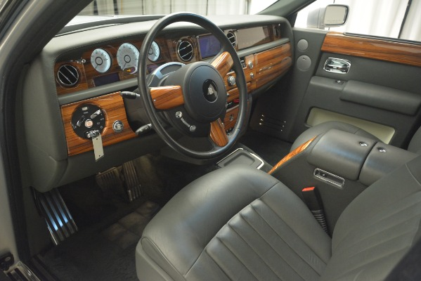 Used 2007 Rolls-Royce Phantom for sale Sold at Bugatti of Greenwich in Greenwich CT 06830 16