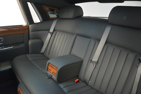 Used 2007 Rolls-Royce Phantom for sale Sold at Bugatti of Greenwich in Greenwich CT 06830 19