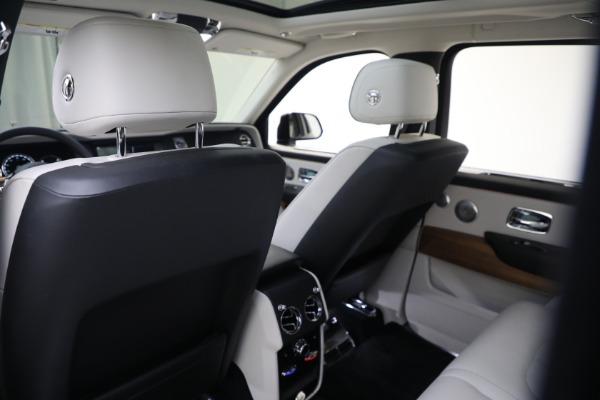 New 2019 Rolls-Royce Cullinan for sale Sold at Bugatti of Greenwich in Greenwich CT 06830 15