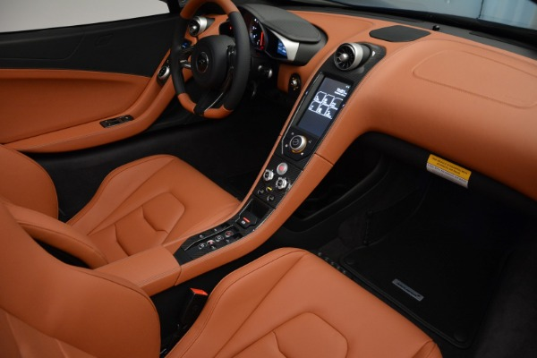 Used 2015 McLaren 650S Spider Convertible for sale Sold at Bugatti of Greenwich in Greenwich CT 06830 25