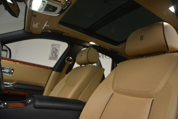 Used 2015 Rolls-Royce Ghost for sale Sold at Bugatti of Greenwich in Greenwich CT 06830 27