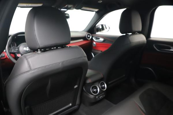New 2019 Alfa Romeo Giulia Quadrifoglio for sale Sold at Bugatti of Greenwich in Greenwich CT 06830 20