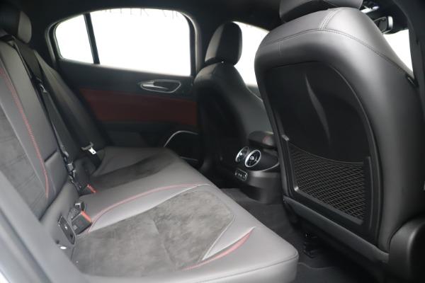 New 2019 Alfa Romeo Giulia Quadrifoglio for sale Sold at Bugatti of Greenwich in Greenwich CT 06830 27