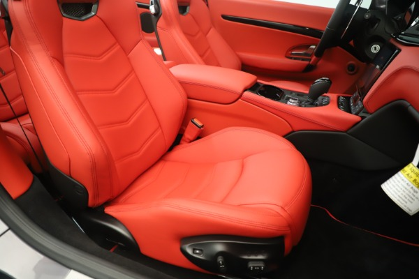 New 2018 Maserati GranTurismo Sport Convertible for sale $159,740 at Bugatti of Greenwich in Greenwich CT 06830 28