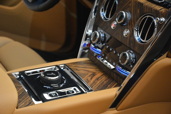 Used 2019 Rolls-Royce Cullinan for sale Sold at Bugatti of Greenwich in Greenwich CT 06830 27