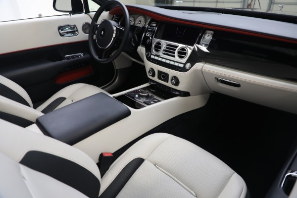 Used 2019 Rolls-Royce Dawn for sale $379,900 at Bugatti of Greenwich in Greenwich CT 06830 18