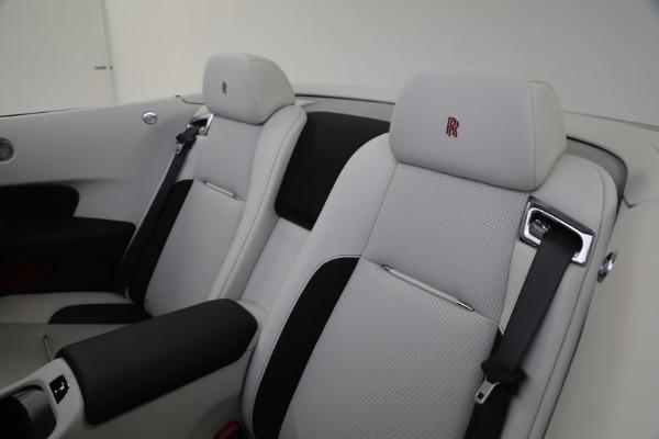 Used 2019 Rolls-Royce Dawn for sale $379,900 at Bugatti of Greenwich in Greenwich CT 06830 21