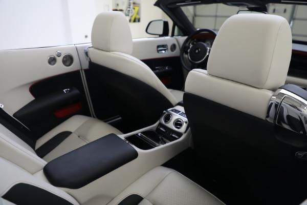Used 2019 Rolls-Royce Dawn for sale $379,900 at Bugatti of Greenwich in Greenwich CT 06830 24