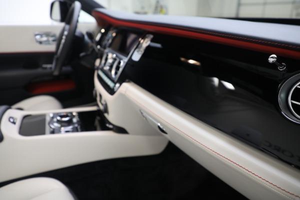 Used 2019 Rolls-Royce Dawn for sale $379,900 at Bugatti of Greenwich in Greenwich CT 06830 25