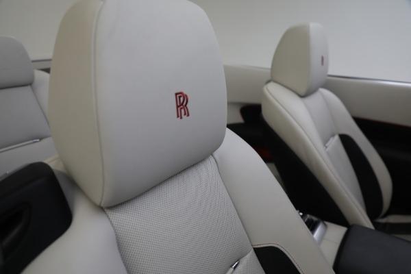 Used 2019 Rolls-Royce Dawn for sale $379,900 at Bugatti of Greenwich in Greenwich CT 06830 27