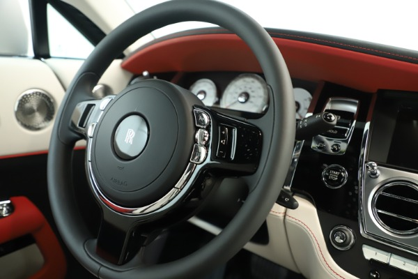 New 2019 Rolls-Royce Wraith for sale $391,000 at Bugatti of Greenwich in Greenwich CT 06830 16