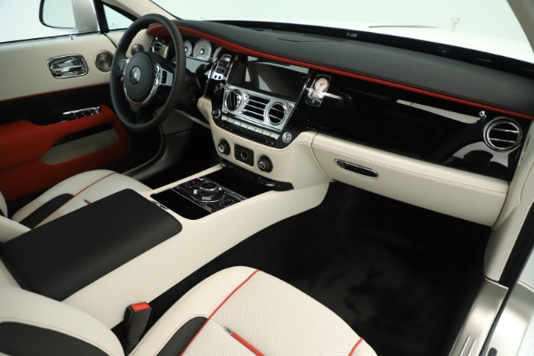 New 2019 Rolls-Royce Wraith for sale $391,000 at Bugatti of Greenwich in Greenwich CT 06830 17