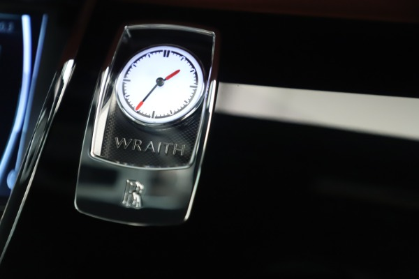 New 2019 Rolls-Royce Wraith for sale $391,000 at Bugatti of Greenwich in Greenwich CT 06830 20