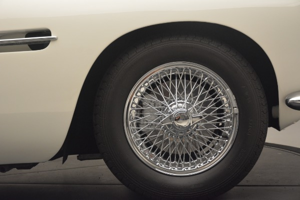 Used 1961 Aston Martin DB4 Series IV Coupe for sale $625,900 at Bugatti of Greenwich in Greenwich CT 06830 16