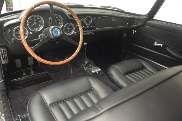 Used 1961 Aston Martin DB4 Series IV Coupe for sale $625,900 at Bugatti of Greenwich in Greenwich CT 06830 21