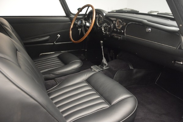 Used 1961 Aston Martin DB4 Series IV Coupe for sale $625,900 at Bugatti of Greenwich in Greenwich CT 06830 25