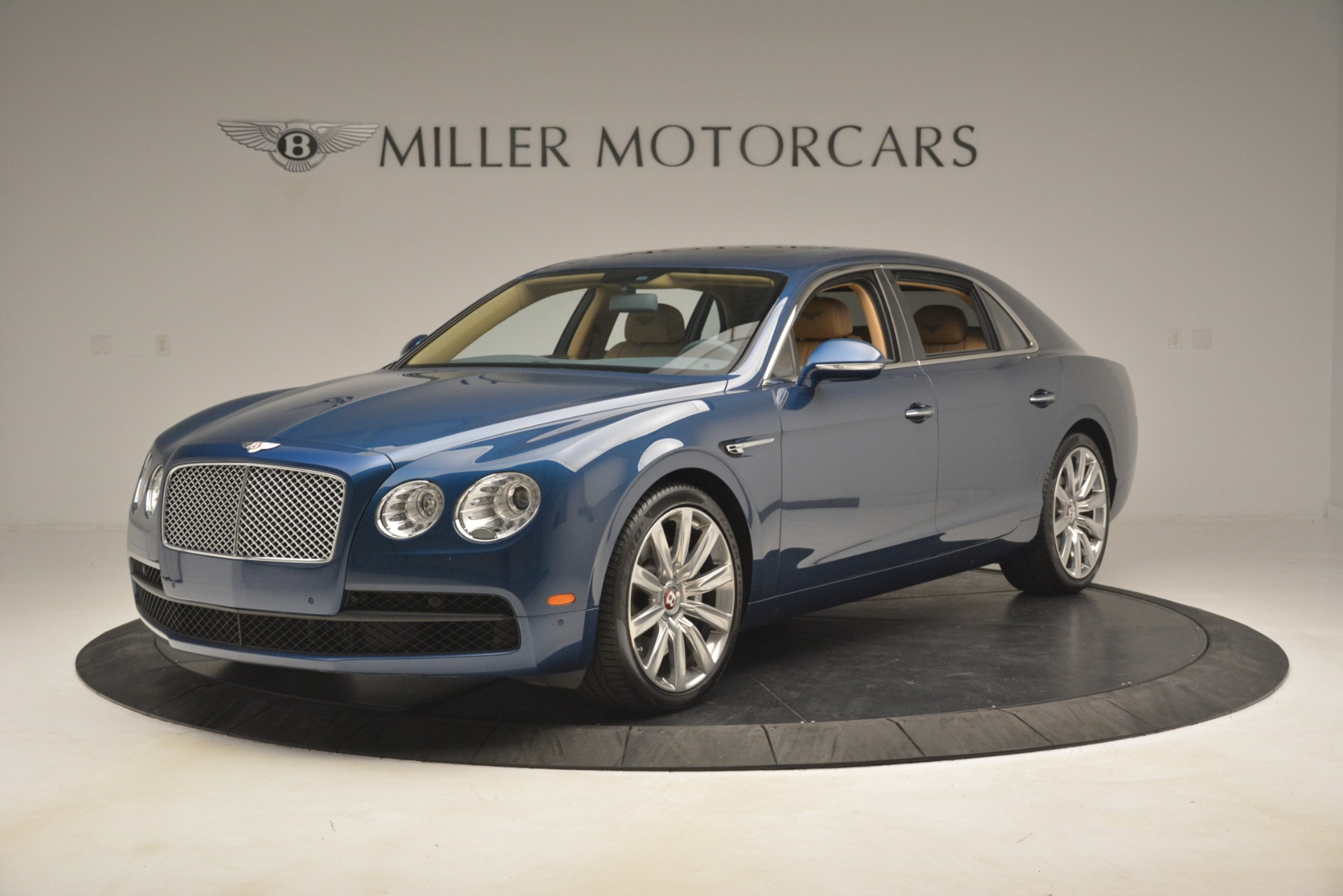 Used 2016 Bentley Flying Spur V8 for sale Sold at Bugatti of Greenwich in Greenwich CT 06830 1