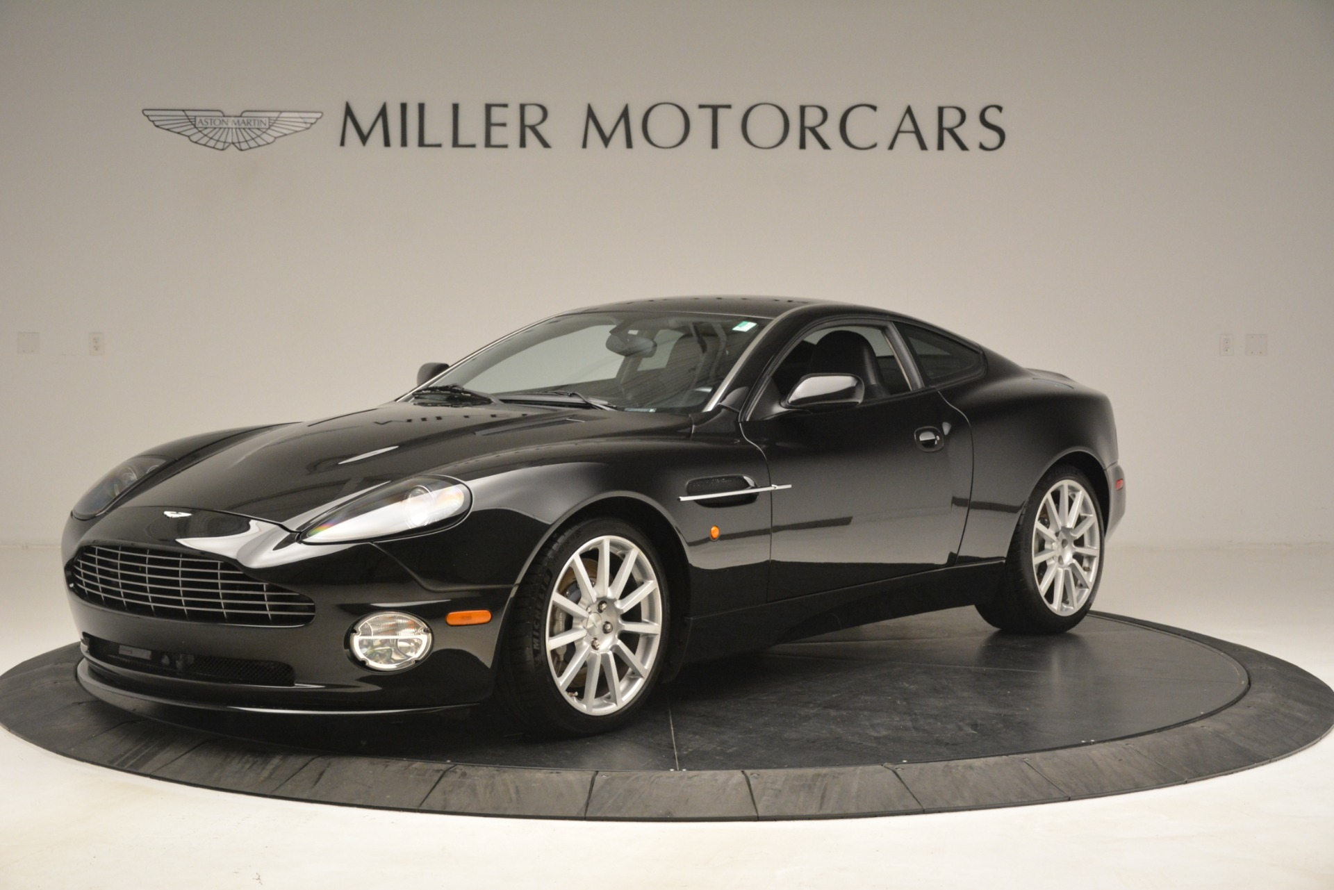 Used 2005 Aston Martin V12 Vanquish S Coupe for sale Sold at Bugatti of Greenwich in Greenwich CT 06830 1