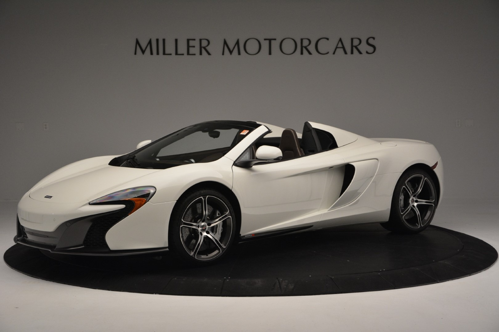 Used 2015 McLaren 650S Convertible for sale Sold at Bugatti of Greenwich in Greenwich CT 06830 1
