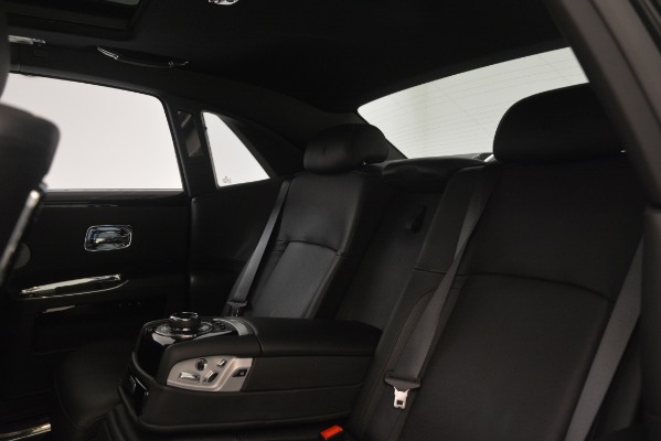 Used 2014 Rolls-Royce Ghost for sale Sold at Bugatti of Greenwich in Greenwich CT 06830 18