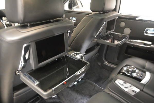 Used 2014 Rolls-Royce Ghost for sale Sold at Bugatti of Greenwich in Greenwich CT 06830 25