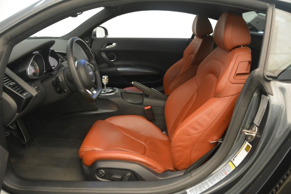 Used 2009 Audi R8 quattro for sale Sold at Bugatti of Greenwich in Greenwich CT 06830 14