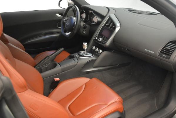 Used 2009 Audi R8 quattro for sale Sold at Bugatti of Greenwich in Greenwich CT 06830 16