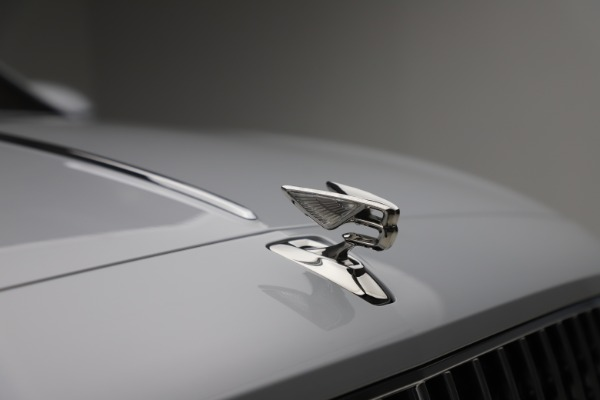 New 2021 Bentley Flying Spur W12 for sale Call for price at Bugatti of Greenwich in Greenwich CT 06830 14
