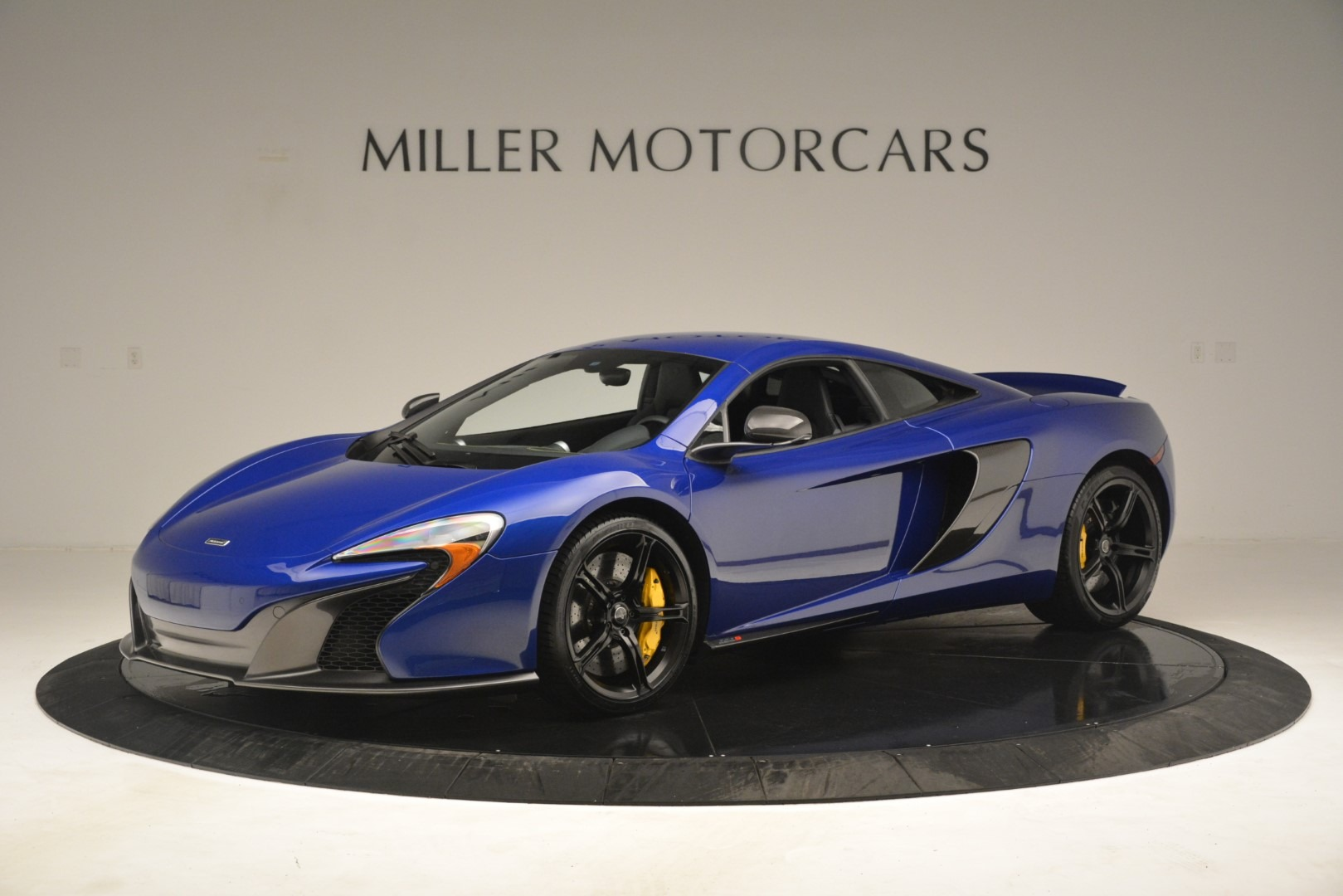 Used 2015 McLaren 650S for sale Sold at Bugatti of Greenwich in Greenwich CT 06830 1