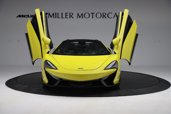 New 2019 McLaren 570S SPIDER Convertible for sale $227,660 at Bugatti of Greenwich in Greenwich CT 06830 17