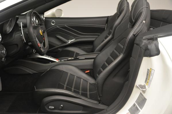 Used 2016 Ferrari California T for sale Sold at Bugatti of Greenwich in Greenwich CT 06830 20