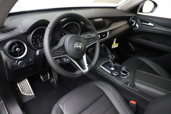 New 2019 Alfa Romeo Stelvio Ti Lusso Q4 for sale Sold at Bugatti of Greenwich in Greenwich CT 06830 13