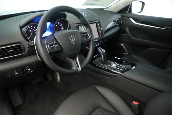 New 2019 Maserati Levante Q4 Nerissimo for sale $89,850 at Bugatti of Greenwich in Greenwich CT 06830 13