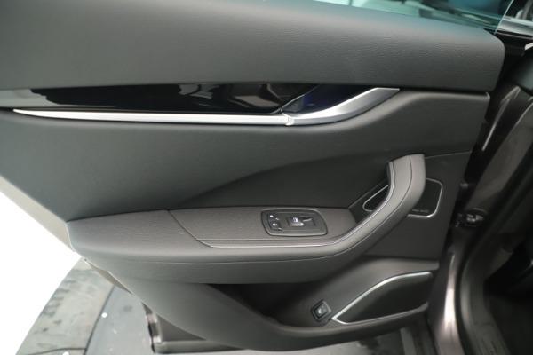 New 2019 Maserati Levante Q4 Nerissimo for sale $89,850 at Bugatti of Greenwich in Greenwich CT 06830 21