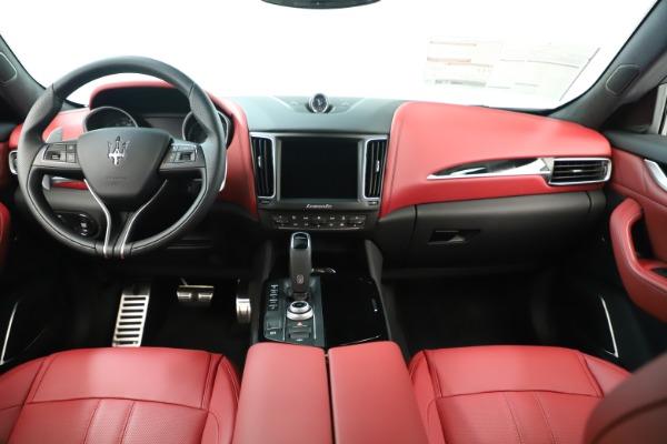 New 2019 Maserati Levante Q4 GranSport Nerissimo for sale Sold at Bugatti of Greenwich in Greenwich CT 06830 16