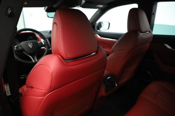 New 2019 Maserati Levante Q4 GranSport Nerissimo for sale Sold at Bugatti of Greenwich in Greenwich CT 06830 20