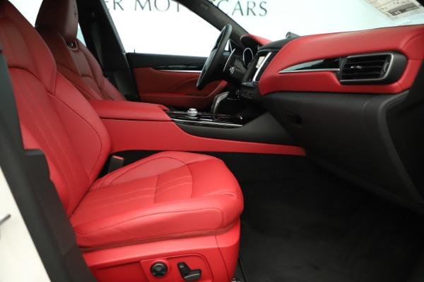 New 2019 Maserati Levante Q4 GranSport Nerissimo for sale Sold at Bugatti of Greenwich in Greenwich CT 06830 23