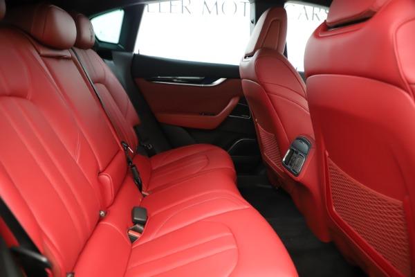 New 2019 Maserati Levante Q4 GranSport Nerissimo for sale Sold at Bugatti of Greenwich in Greenwich CT 06830 27