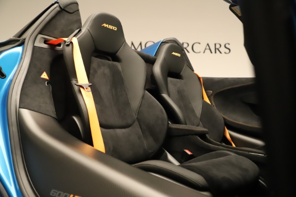 New 2020 McLaren 600LT SPIDER Convertible for sale $303,059 at Bugatti of Greenwich in Greenwich CT 06830 26