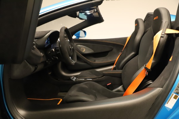 New 2020 McLaren 600LT SPIDER Convertible for sale $303,059 at Bugatti of Greenwich in Greenwich CT 06830 28