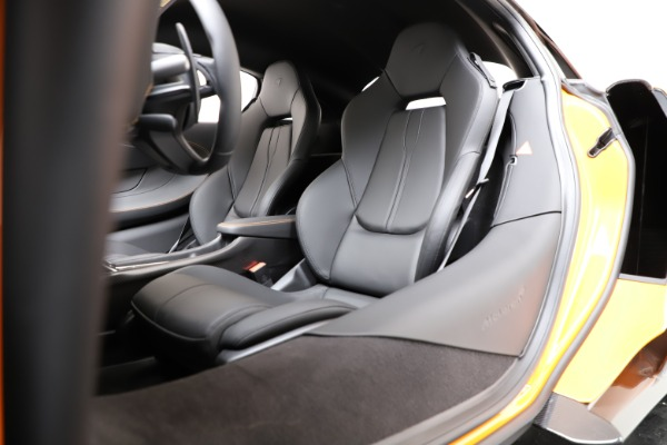 New 2019 McLaren 600LT Coupe for sale Call for price at Bugatti of Greenwich in Greenwich CT 06830 17