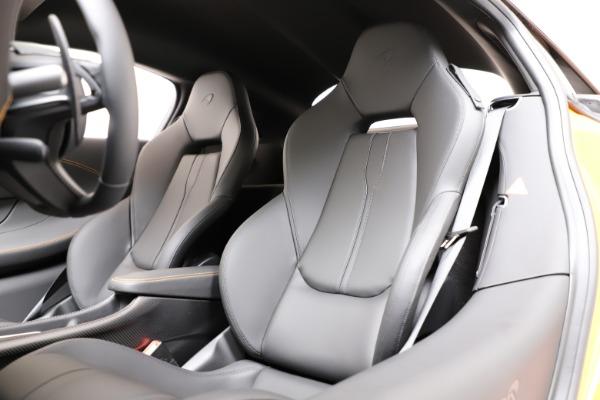 New 2019 McLaren 600LT for sale $279,310 at Bugatti of Greenwich in Greenwich CT 06830 14
